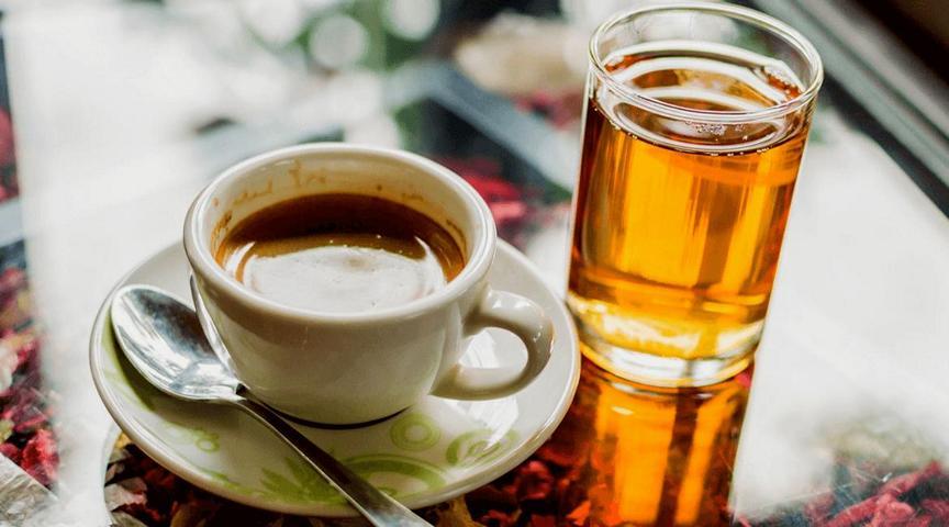 Kaffee oder Tee: Was ist beßer für deine Gesundheit?