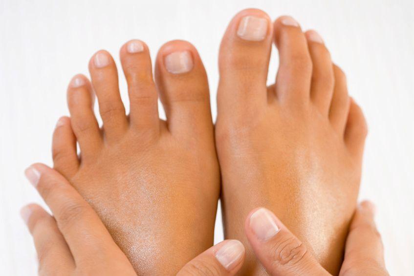 Fußpilz – was tun? Ursachen, Symptome und Diagnose
