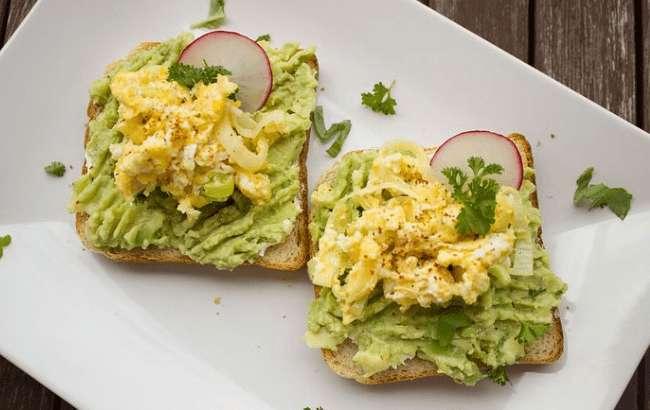 Wieviele Kalorien hat eine Avocado? Nährwertangaben und Gesundheitsvorteile