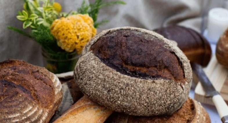 So kannst du Brot aufbewahren und länger frisch halten!