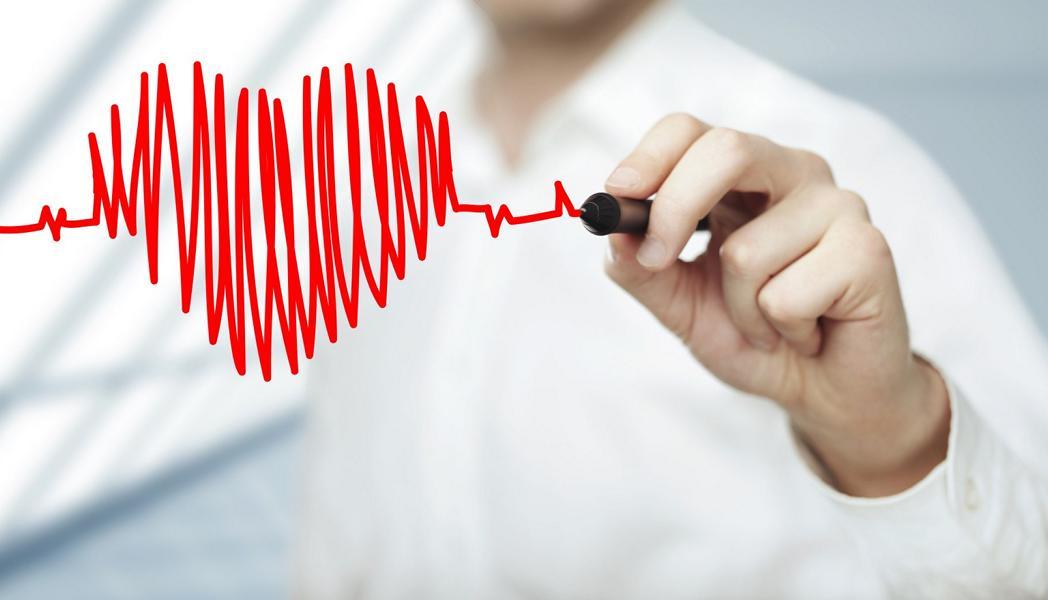 Hoher Puls: Ursache und wann du einen Arzt sehen solltest