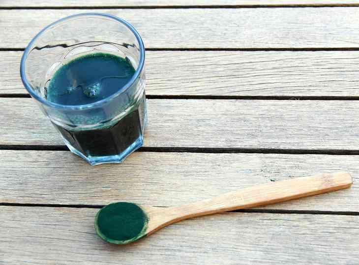 Spirulina – 7 Gründe, sie zu kosten und auszuprobieren!