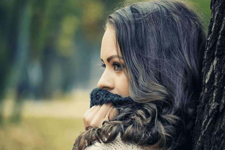 Warzen im Gesicht – Ursachen und Behandlung!