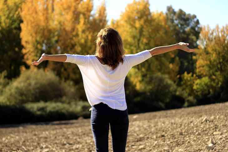 Was hilft gegen Schluckauf? – 12 beliebte Hausmittel