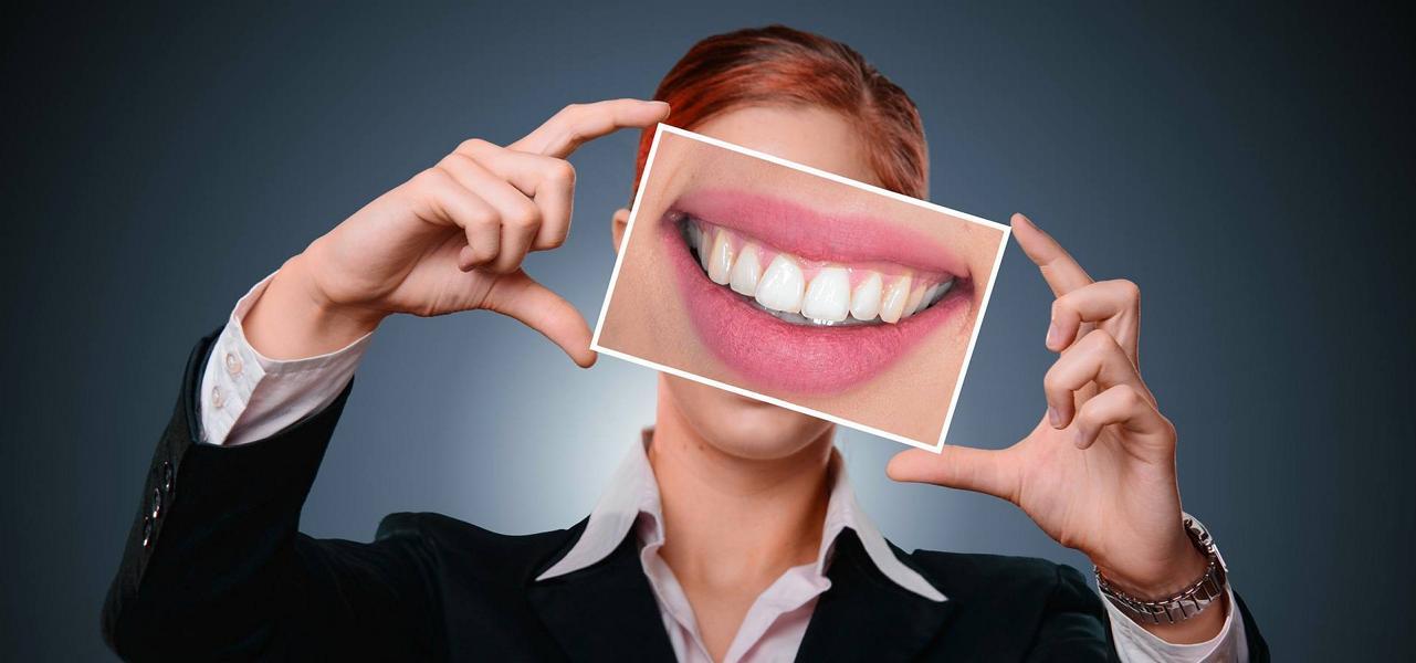 Was hilft gegen Zahnschmerzen? – Natürliche Hausmittel