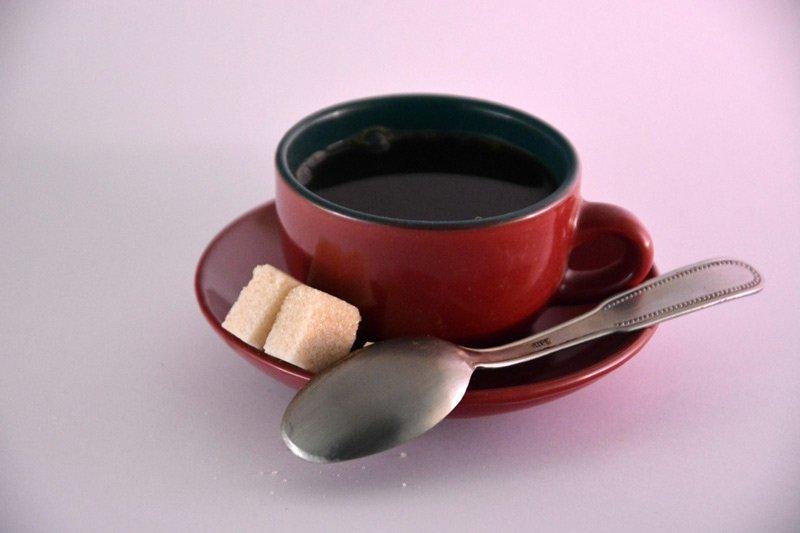 Zucker im Kaffee? So trinkst du deinen Kaffee richtig!